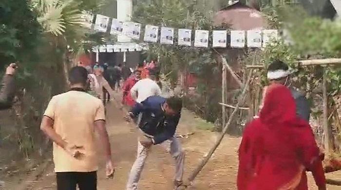 হামলা-সংঘর্ষ,-ককটেল-বিস্ফোরণ,-ভোট-বর্জনের-মধ্যেই-চলছে-পৌরসভা-নির্বাচন