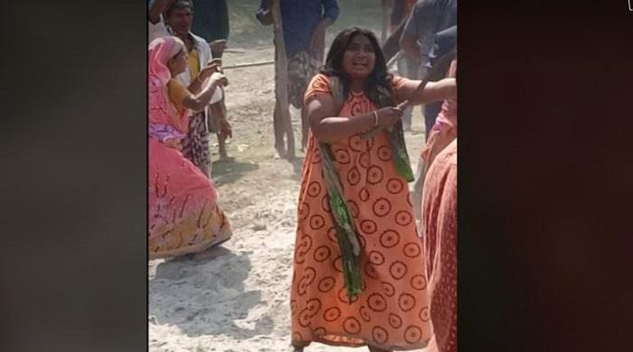 হত্যার-প্রতিশোধ-নিতে-প্রতিপক্ষের-তান্ডব