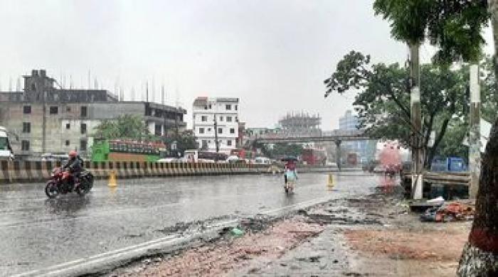 ঢাকায়-ঢুকতে-দেওয়া-হচ্ছে-না-দূরপাল্লার-গাড়ী