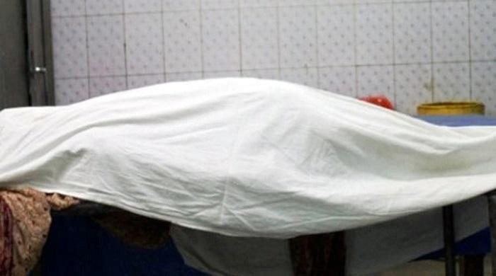 ঘরে-স্ত্রীর-ঝুলন্ত-মরদেহ-রেখে-পালালেন-স্বামী